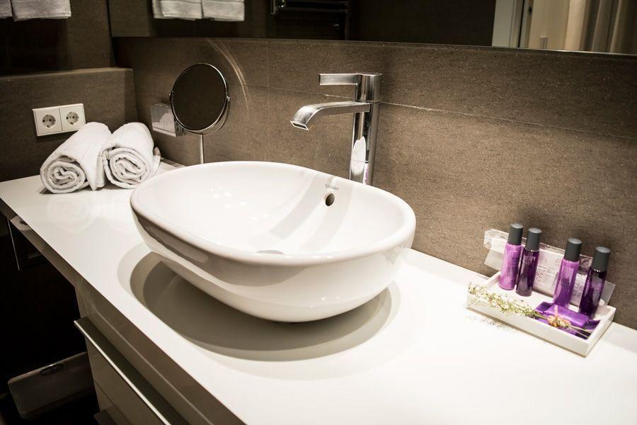 5 soluciones para mantener el baño en orden