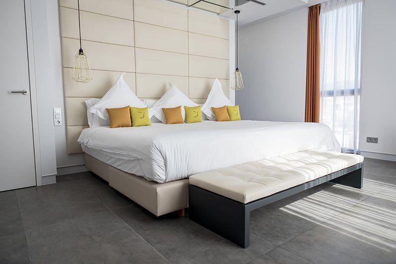 Reforma integral de un duplex en el ático de un hotel en Barcelona