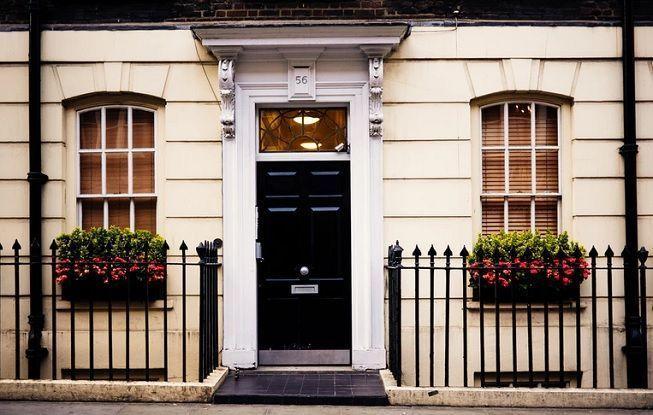 5 ideas de puertas principales para tu casa