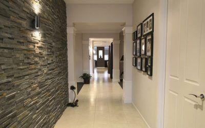 Trucos para aprovechar al máximo los pasillos y entradas de la casa