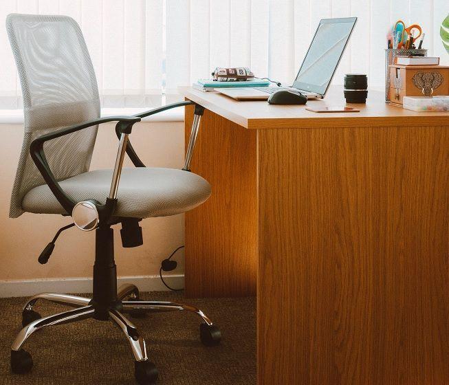 Mobiliario de oficina en casa