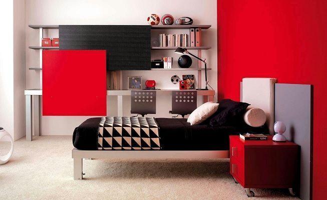 Habitación minimalista en color rojo