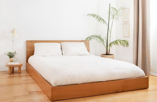 Habitación minimalista en madera