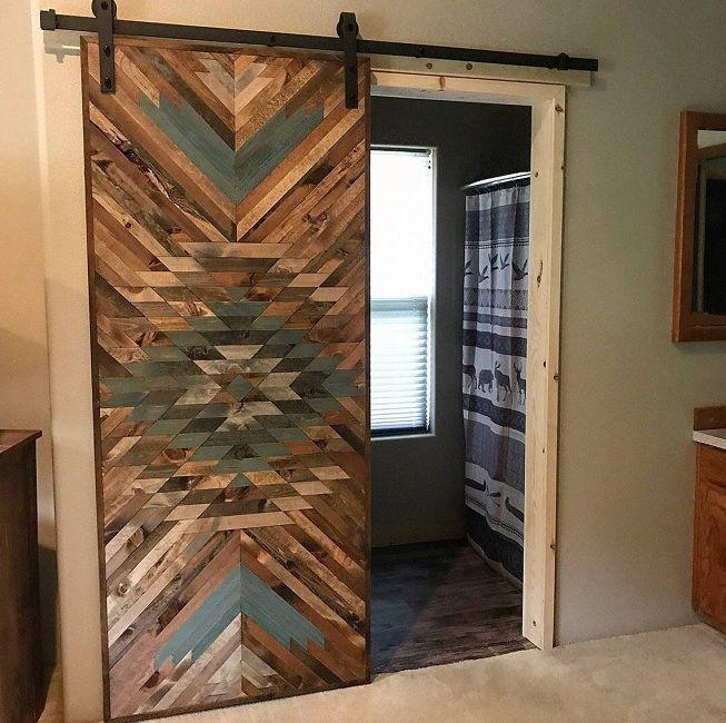 Puerta en madera reciclada para interiores
