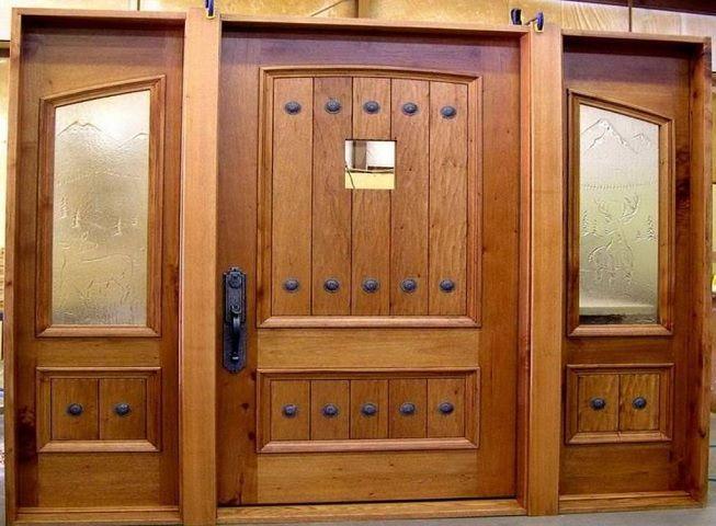 Puerta maciza para el hogar