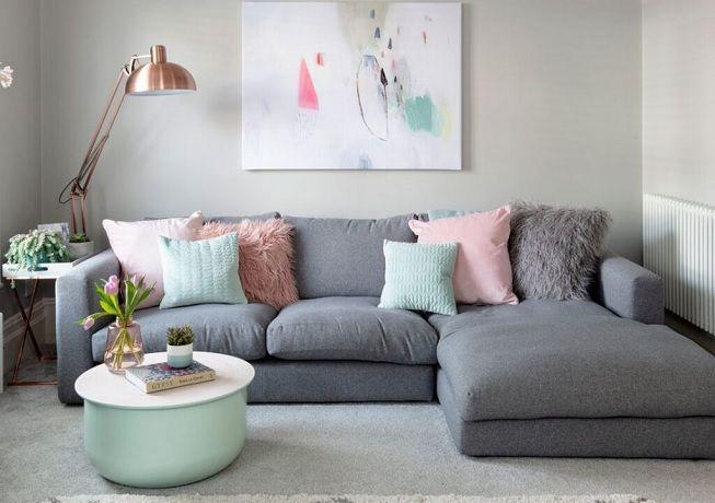 Salón en gris y rosa